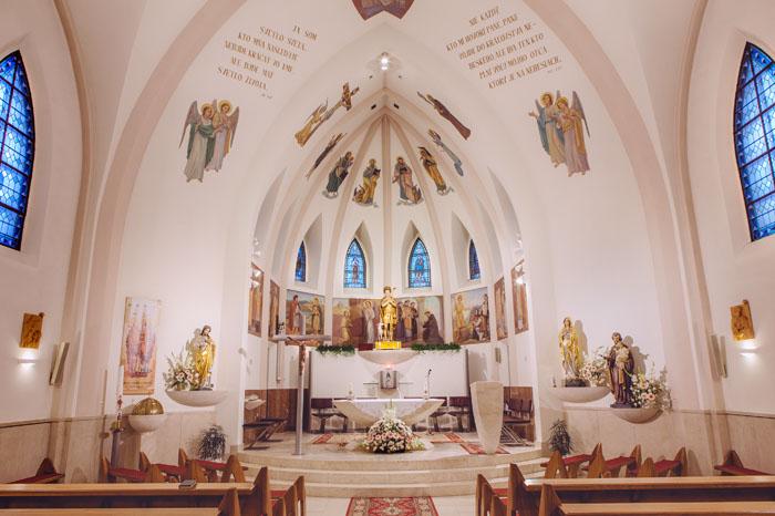 kostol celková realizácia elektroinštalácia a osvetlenie návrh a realizácia
