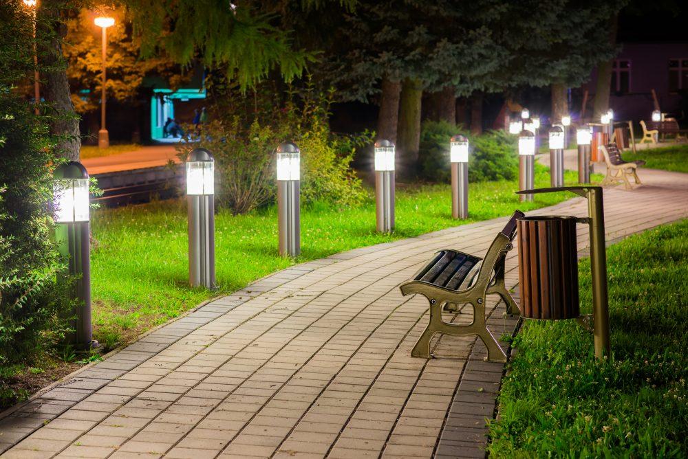 moderné verejné osvetlenie mesa obce Brusno