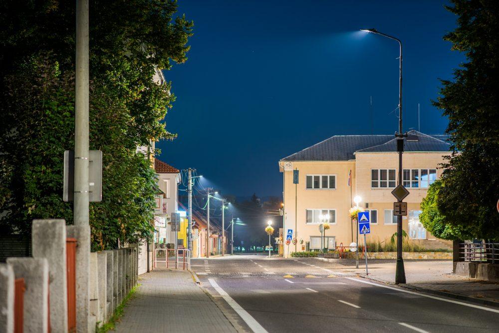 moderné verejné osvetlenie mesa obce Bytča