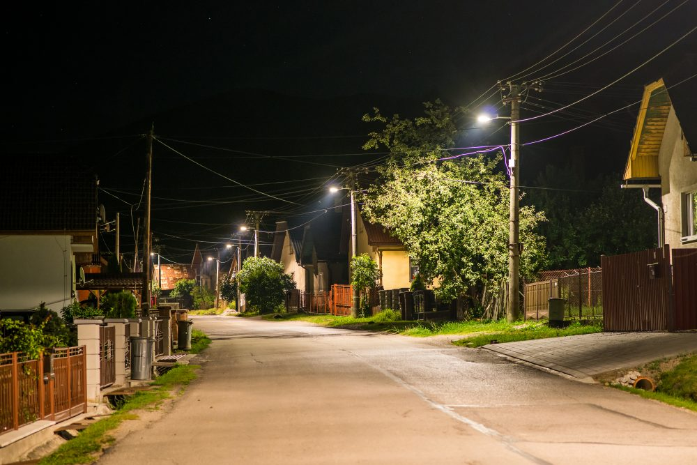 LED úsporné moderné verejné osvetlenie mesta obce Liptovská Lužná