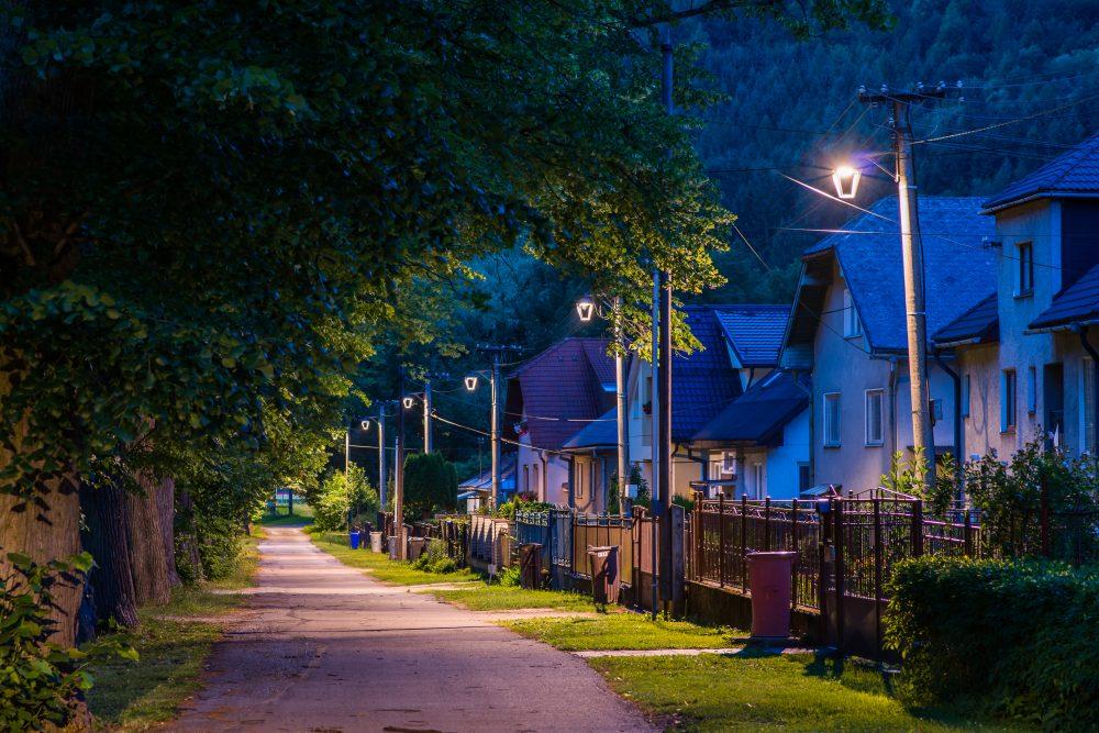 LED úsporné moderné verejné osvetlenie mesta obce Lubochňa