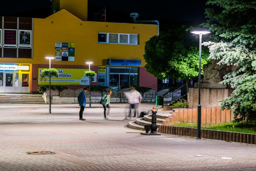 LED úsporné moderné verejné osvetlenie mesta obce Námestovo