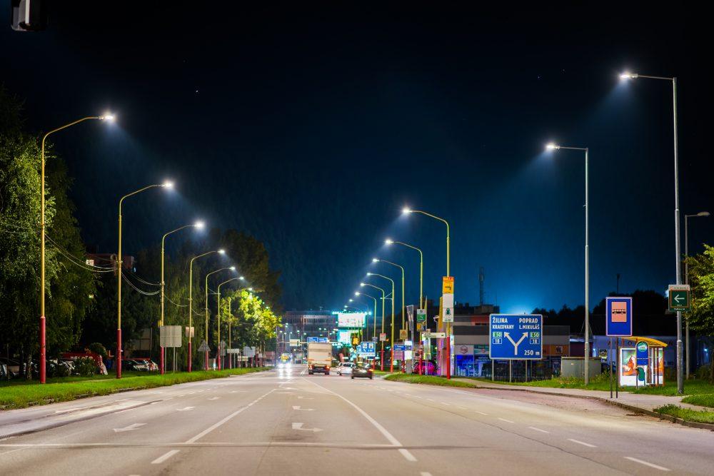 LED úsporné moderné verejné osvetlenie mesta obce Ružomberok