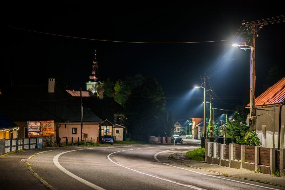 LED moderné verejné osvetlenie mesta obce Staré Hory