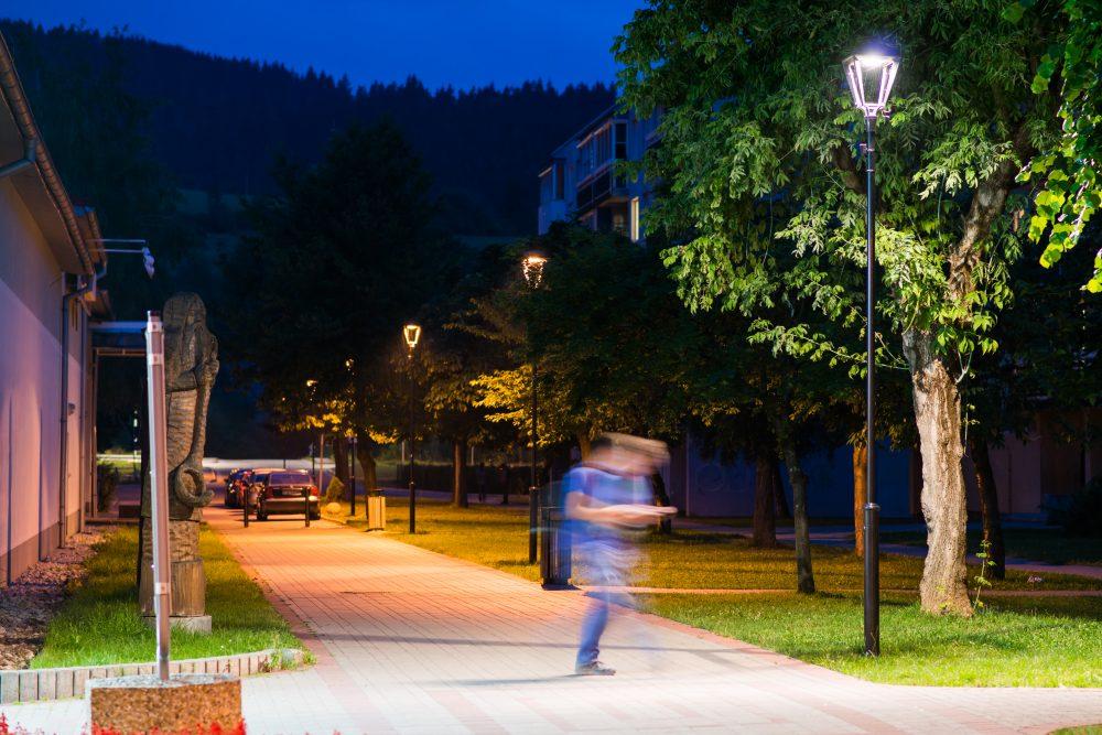 LED úsporné moderné verejné osvetlenie mesta obce Turzovka
